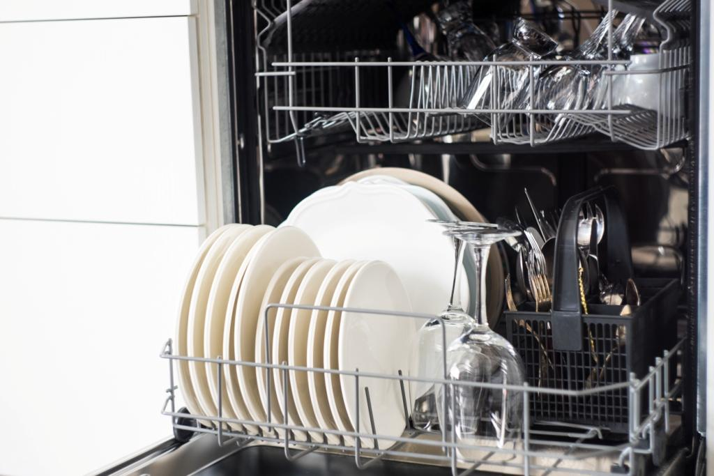 How to Stop Cutlery Rusting in the Dishwasher