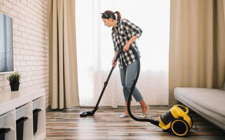 Choose a Vacuum Cleaner for Dry and Wet Cleaning