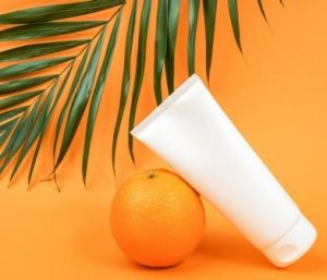 WHAT IS THE USE OF VITAMIN C