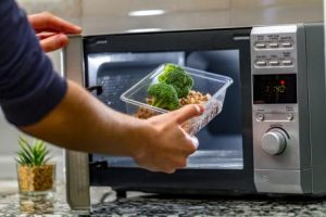 What are the different types of microwaves